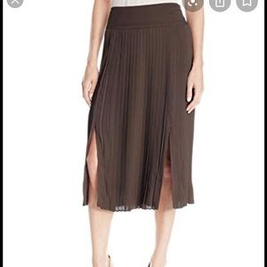 Jones New York knife pleat midi skirt